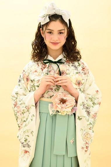 [hakama00409]オフホワイト白に、ドライフラワー柄 くすみパステル 女卒業式袴2尺袖